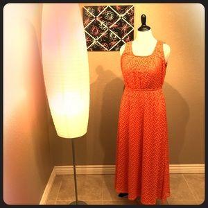 GORGEOUS Chevron Patterned Sleeveless Maxi Dress